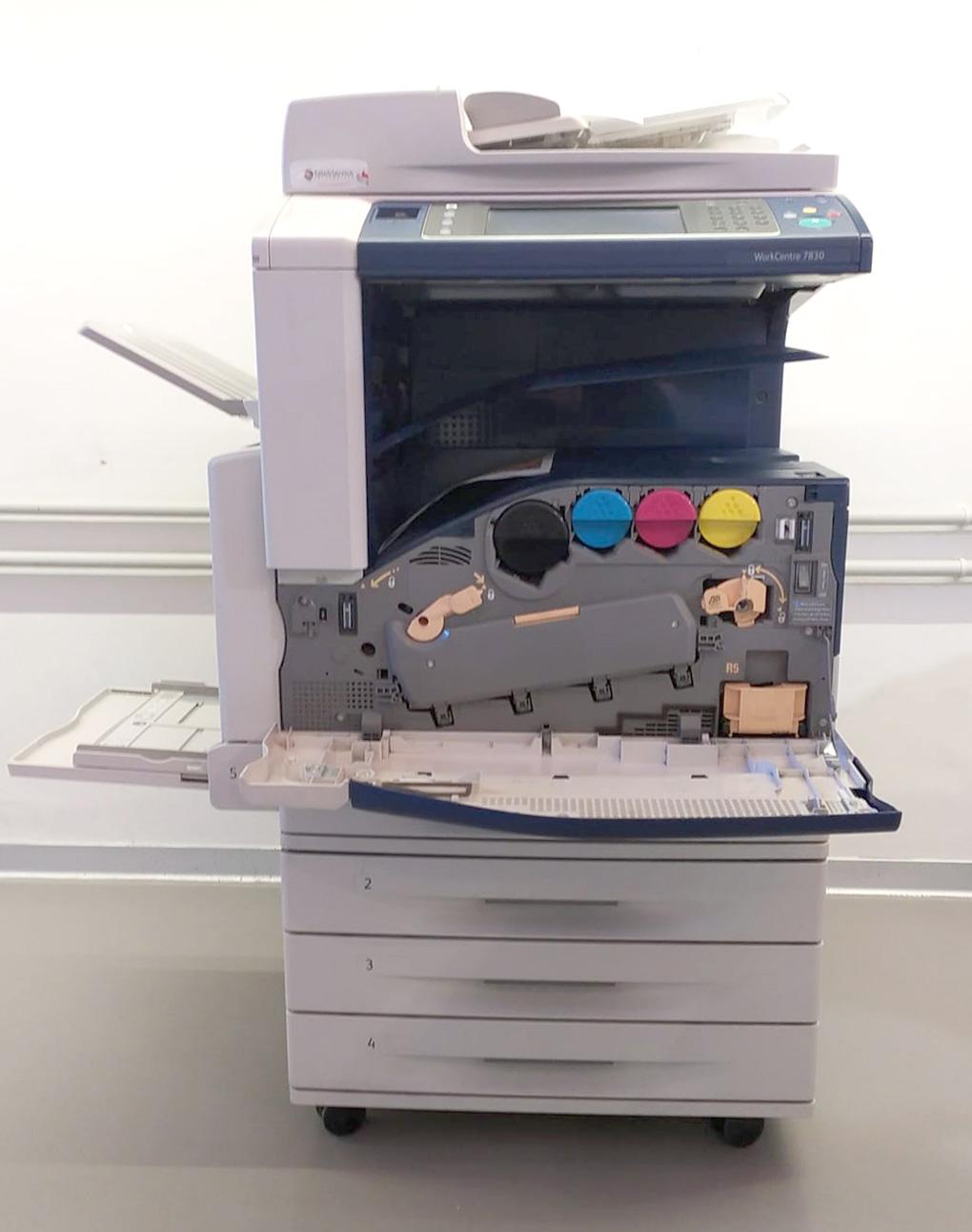 Xerox WorkCentre 7830 - Fronte aperta