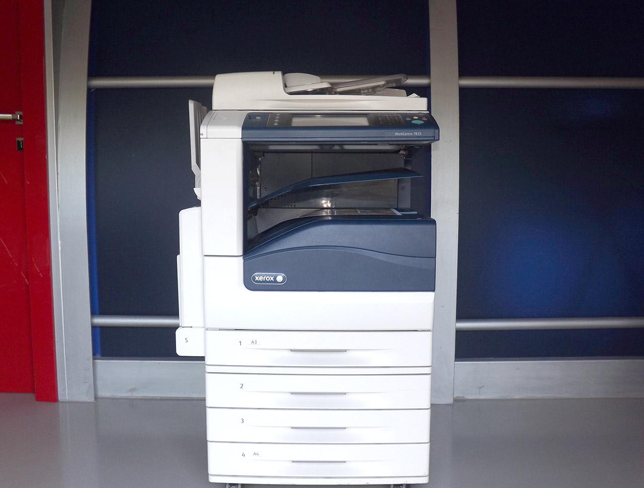 Xerox WorkCentre 7830 usato garantito - Vista fronte